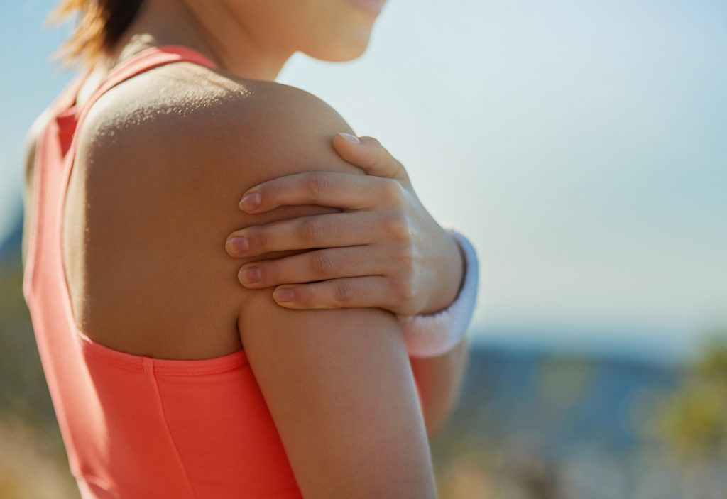 suffer-with-shoulder-pain