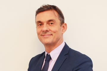 Mr Simon Clarke